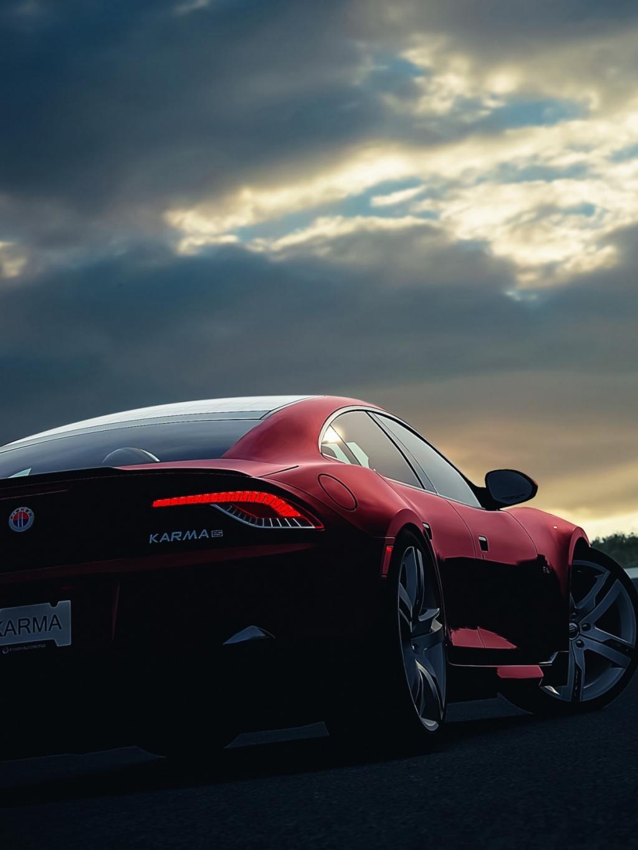 红色汽车手机壁纸