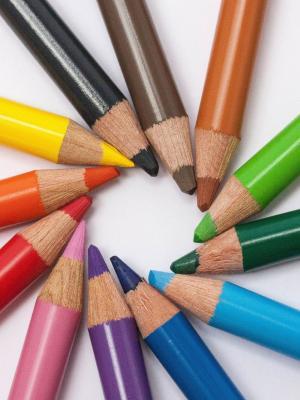 创造性的桌笔学校手机壁纸