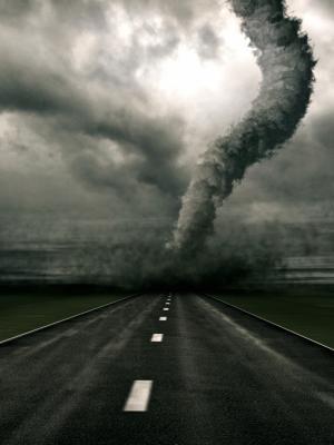 龙卷风移动壁纸