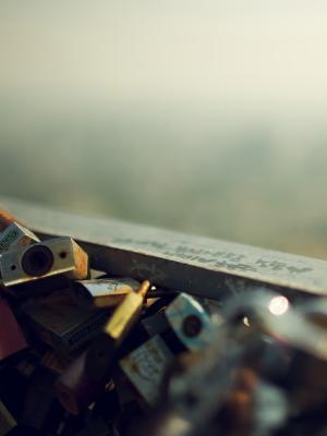 爱锁手机壁纸