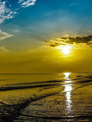 海滩日出移动壁纸