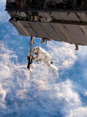 astronavt skafandr otkrytyy手机壁纸