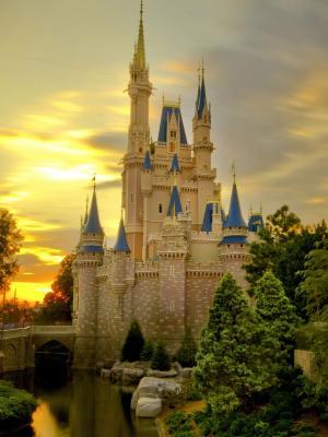 日落在灰姑娘城堡移动壁纸
