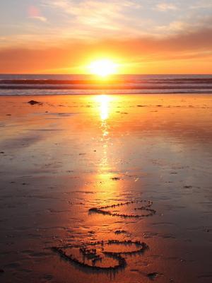 爱在沙滩上移动壁纸