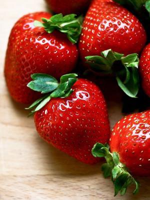 浆果草莓手机壁纸