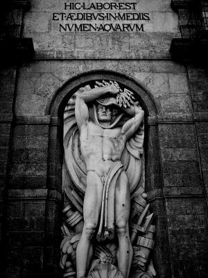 黑色和白色的历史教堂雕塑手机壁纸