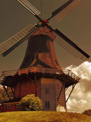 在荷兰移动壁纸的风车