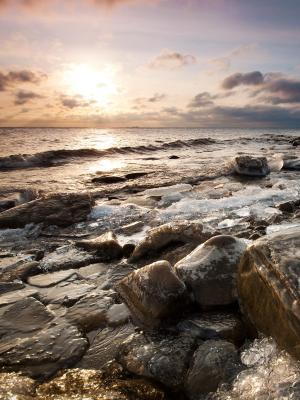 岩石海移动壁纸