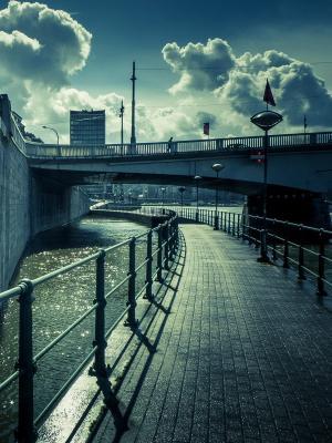 城市风景阳光移动壁纸