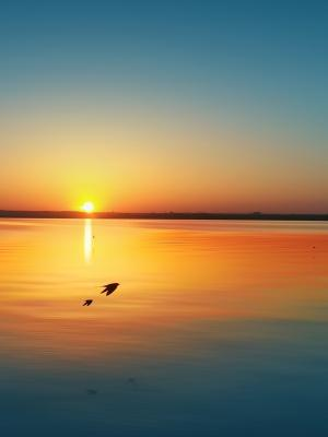 日落湖Siutghiol手机壁纸