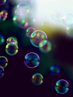 泡泡彩虹移动壁纸