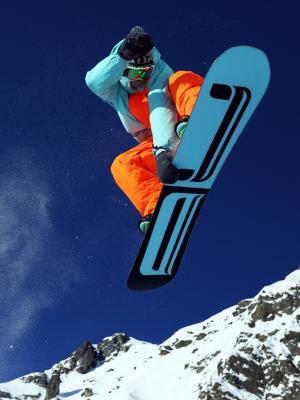 高山滑雪手机壁纸