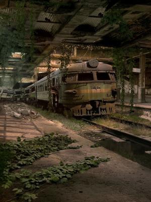 被遗弃的火车站移动壁纸