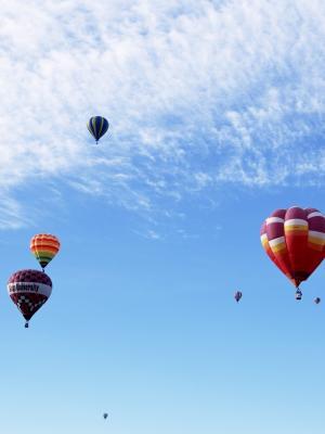 气球飞行的移动壁纸