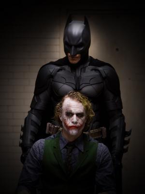 蝙蝠侠和小丑手机壁纸