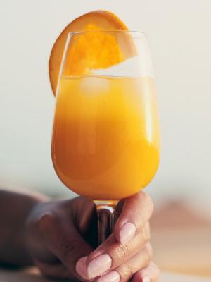 橙汁玻璃饮料鸡尾酒手机壁纸