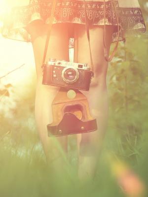 女孩相机手机壁纸